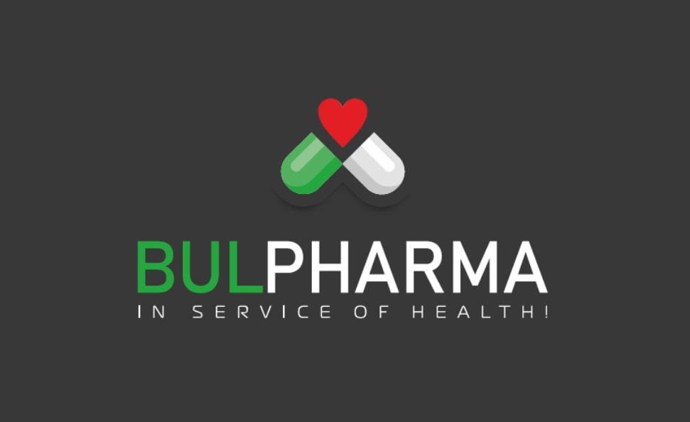 Dr. Mihail Tikov, Inhaber von Bulpharma, mit einer Spende an das Ministerium für Gesundheit und Bürger